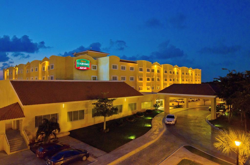 hotel-courtyard-marriott-01