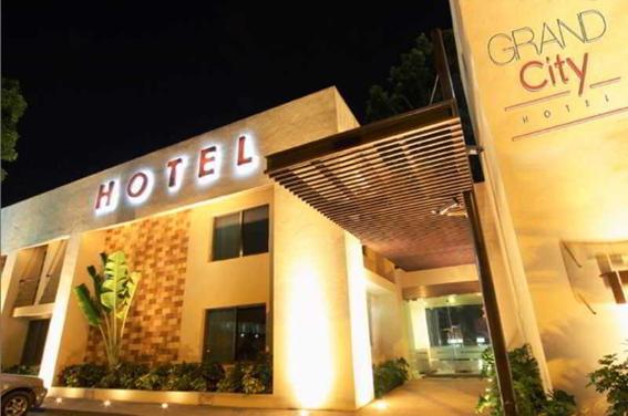 grand-city-hotel-01