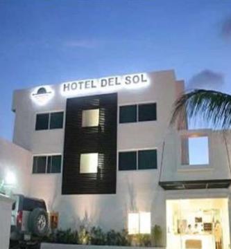 hotel-del-sol-01